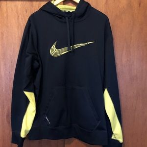 Nike Large Hoodie Therma fit size Large